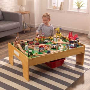 Adventure Town treinwagonset en -tafel met EZ Kraft Assembly - Kidkraft (18025)